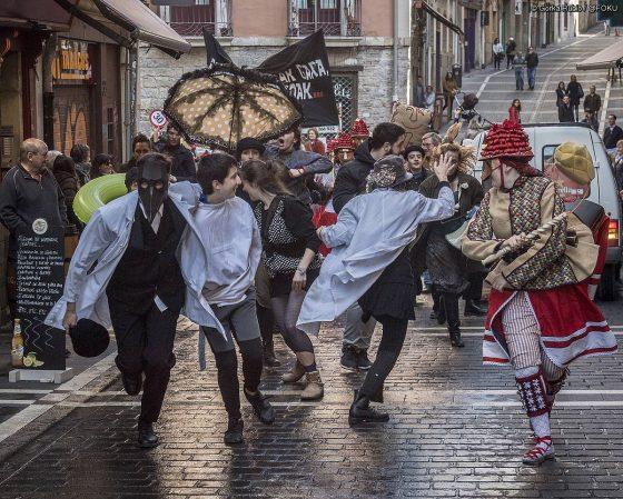 Iritzia: Euskalduna naiz eta 'harto' nago