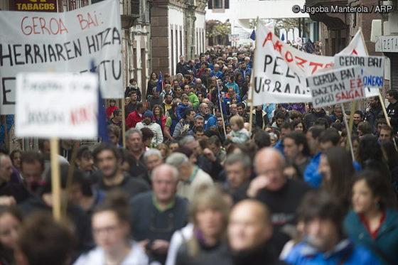 Protesta, plazaren erdigunera
